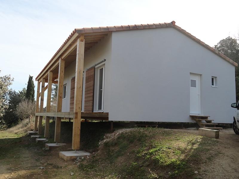 Maison ossature bois sur pilotis cool terrasse sur for Extension maison ossature bois sur pilotis