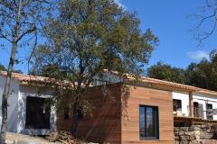 maison ossature bois contemporaine avec bardage red cedar et enduit menuiseries aluminium terrasse (15)
