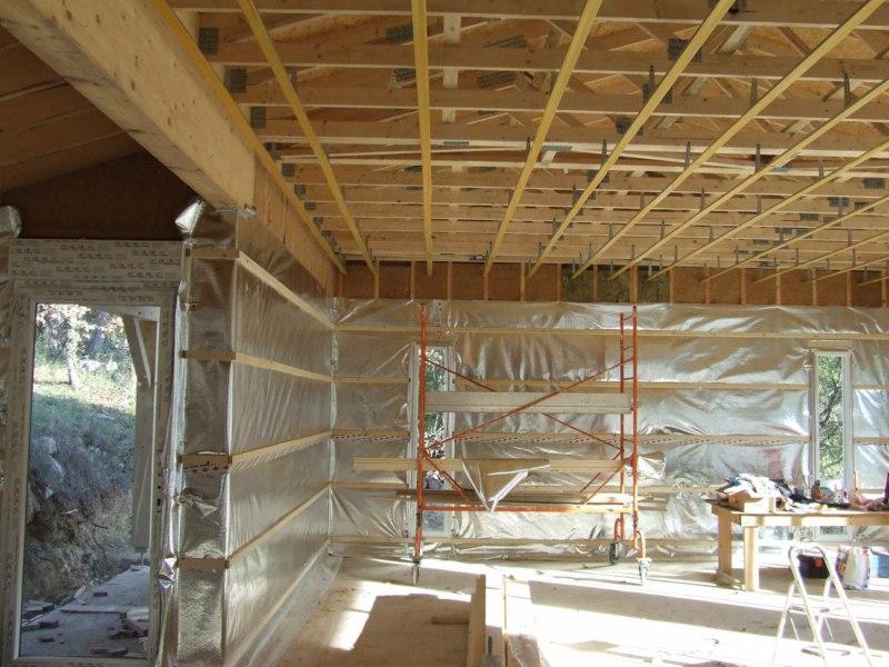 Contruction d'une maison à ossature bois avec enduit de finition et bardage douglas au THORONET dans le VAR 83 (23)