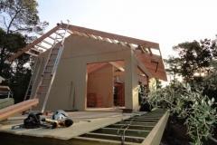 Maison ossature bois sur pilotis en bardage meleze entouré d'une terrasse bois à LE VAL 83143 dans le VAR region PACA [800x600] (44)