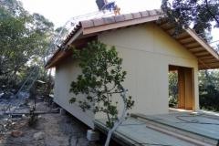 Maison ossature bois sur pilotis en bardage meleze entouré d'une terrasse bois à LE VAL 83143 dans le VAR region PACA [800x600] (49)
