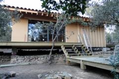 Maison ossature bois sur pilotis en bardage meleze entouré d'une terrasse bois à LE VAL 83143 dans le VAR region PACA [800x600] (61)