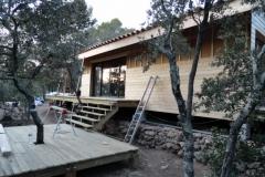 Maison ossature bois sur pilotis en bardage meleze entouré d'une terrasse bois à LE VAL 83143 dans le VAR region PACA [800x600] (67)